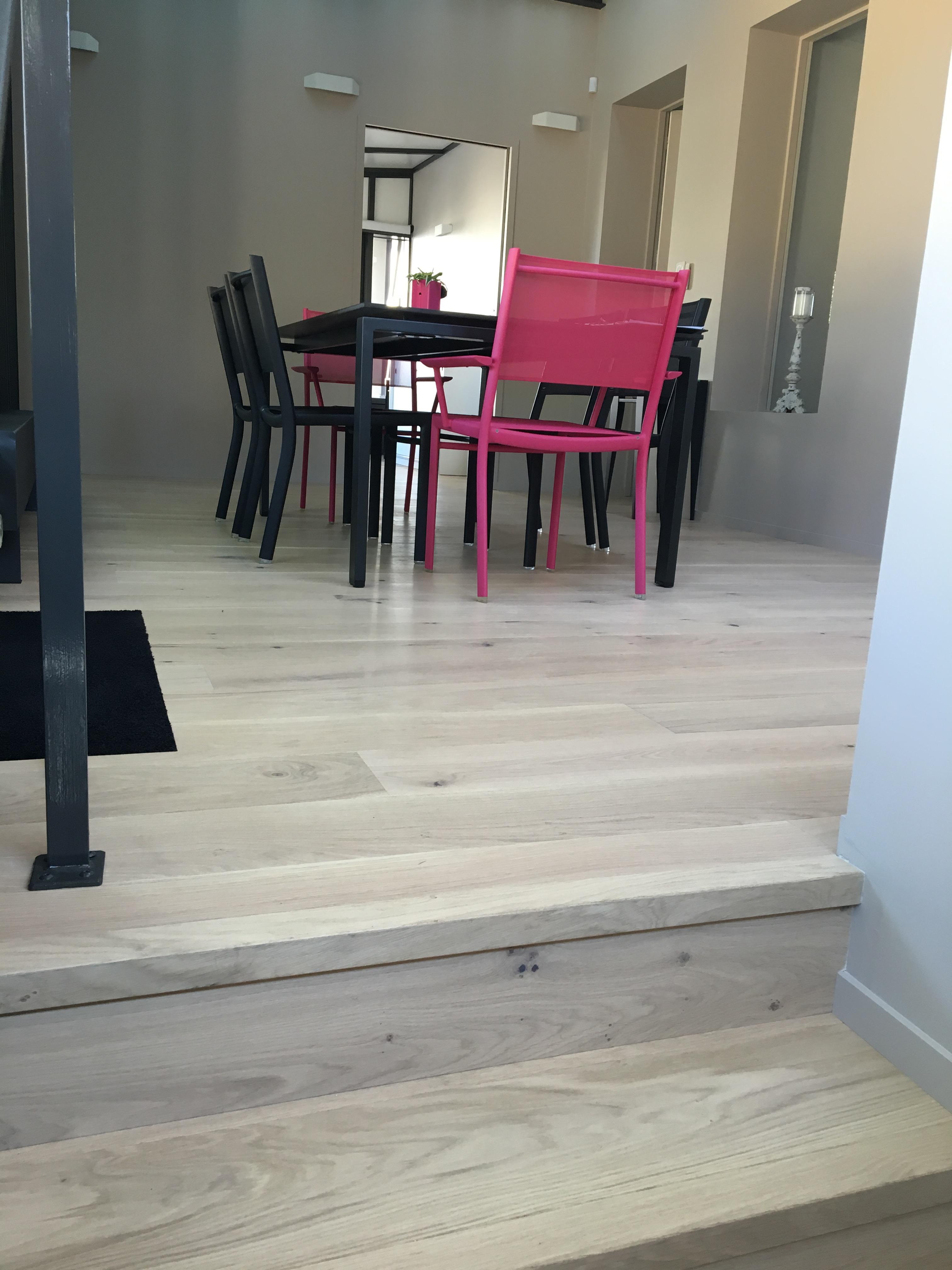 habillage escalier parquet unescalier en utilisant des. Black Bedroom Furniture Sets. Home Design Ideas